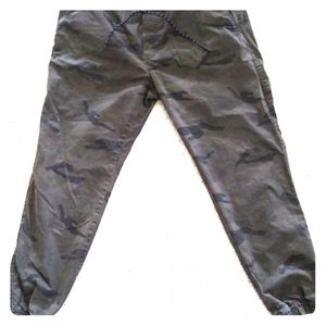 American Eagle Camouflage Joggers
